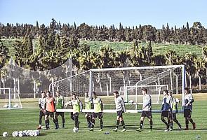 Alle mal anpacken, bitte! Im Trainingslager im spanischen Sotogrande werden die Weichen für eine erfolgreiche Rückrunde 2019 gestellt. (Foto: Achim Keller)